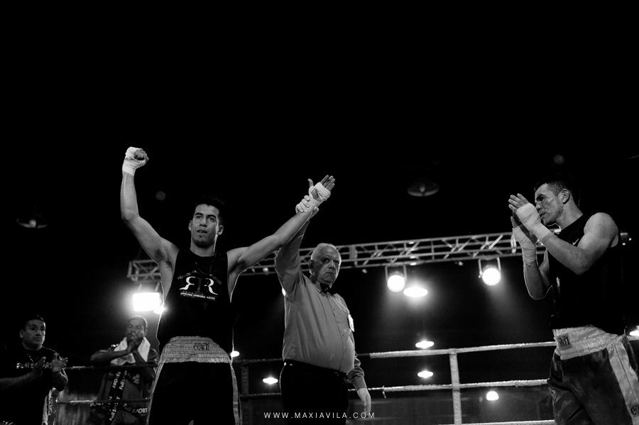fotografo de boxeo, boxeo, boxeo en el estadio del centro, boxeo profesional en cordoba fotos68