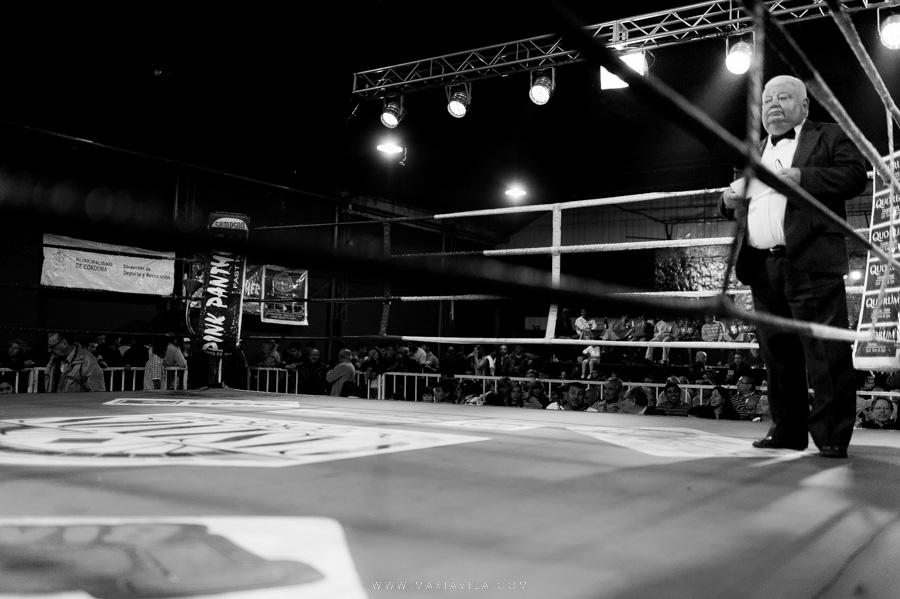 fotografo de boxeo, boxeo, boxeo en el estadio del centro, boxeo profesional en cordoba fotos70