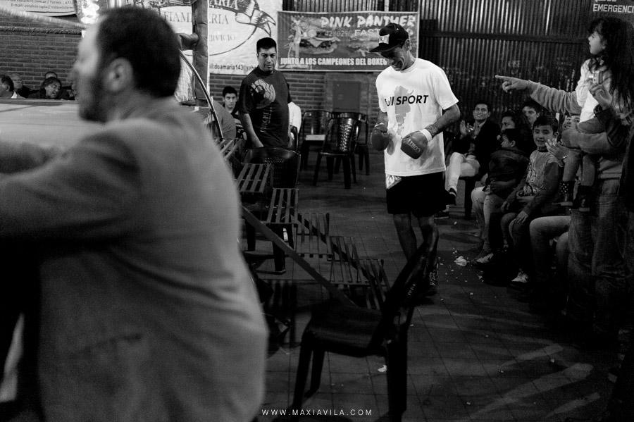 fotografo de boxeo, boxeo, boxeo en el estadio del centro, boxeo profesional en cordoba fotos72