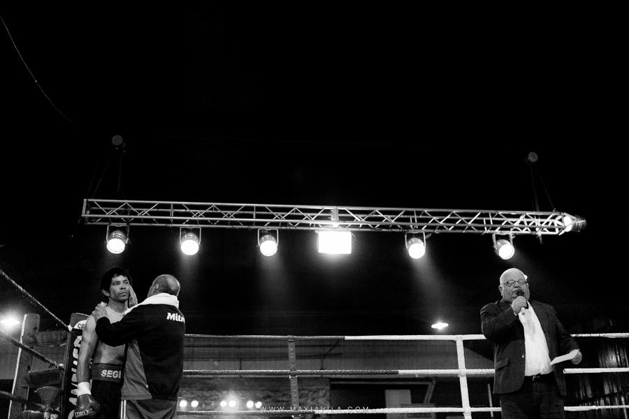 fotografo de boxeo, boxeo, boxeo en el estadio del centro, boxeo profesional en cordoba fotos73