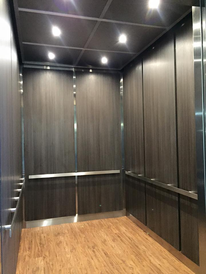 Showroom Parkland Vertical Solutions