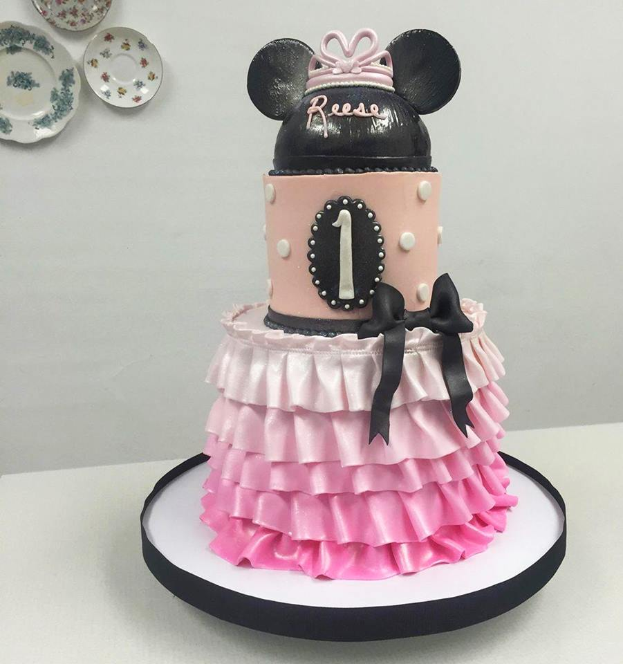 Minnie Mouse Ombre Ruffle Cake