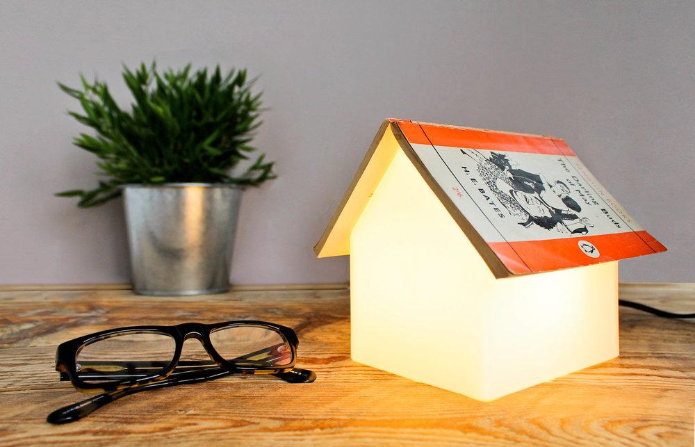 24122_bookrestlamp-lifestyle.jpg