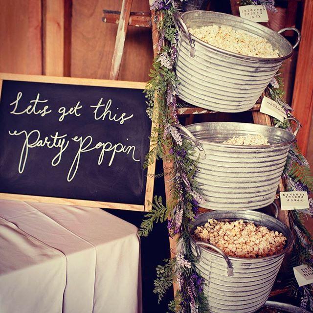 #BRB planning my entire wedding around my future popcorn bar 🍿⎜📷: @gina.paulson  #weddinginspo #weddingphotography #weddinginspiration #weddingday #weddingreception #snacks #popcorn #bar
