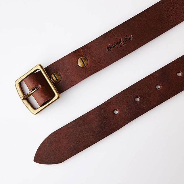 Alternate angle, brown belt. | #madebyhand #shotbytheflashy #ecommerce #productphotography #leathergoods