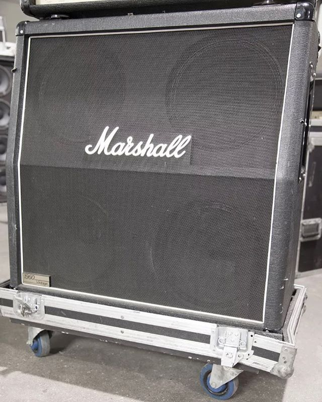 BLACK FRIDAY 50% OFF SALE - NOW UNTIL SUNDAY 🎉 • • • Marshall 1960AV 280W 4x12 Guitar Extension Cabinet Angled #52 📻 • • • Regular price $900 50% OFF SALE: $450 (does not include shipping) 🚨 • • • This item is in USED condition - you can see by the pictures the flaws it has - BUT IT STILL WORK WELL!!! 🎶 • • • Contact us - sales@bnypro.com for details 👍🏻 • • • #BNYpro