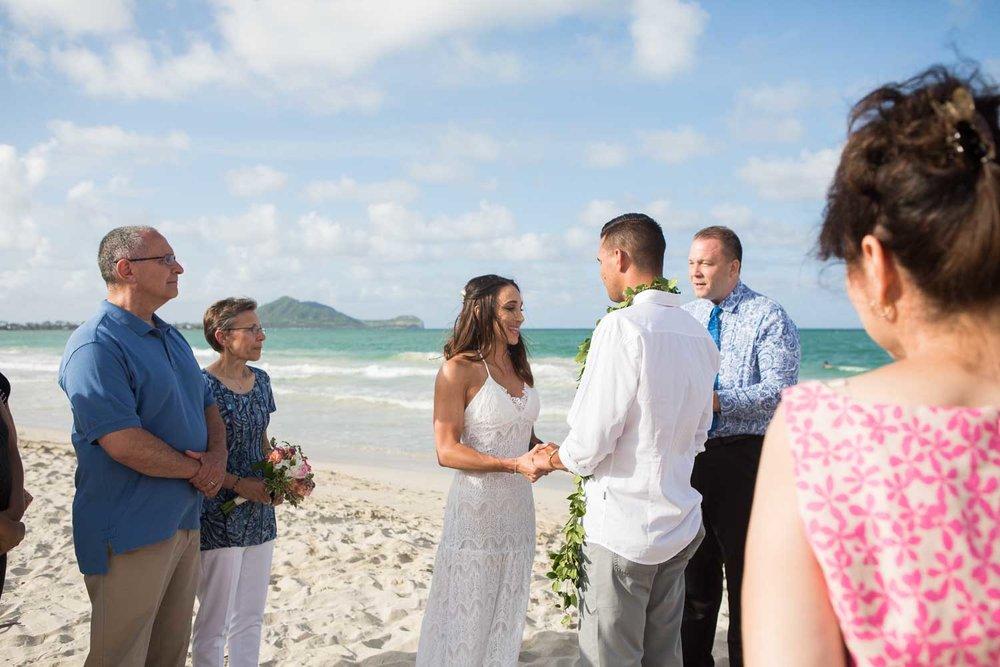 beachwedding_backyardreception_14.jpg