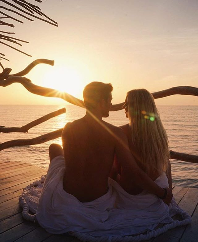 💙☀️Watch more sunrises than Netflix☀️💙#CoupleGoals #Love #Wins #Travel #Azulik #Disconnect #To #Reconnect #Life #Beautiful #Sunrise #Explore #Romance #Nature #Netflix #AzulikSkyVilla #Vacation #Beautiful #Adventure #Magic #tbt #Goals #Endless #Couple #Mermaid #Tulum #Mexico #Repost 📷@brittanyjean777