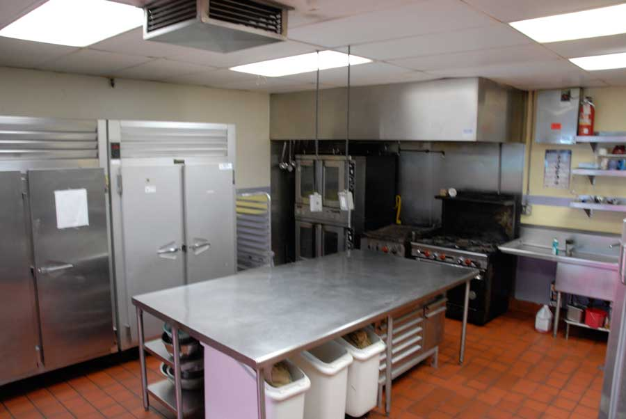 kitchen_4_four.jpg