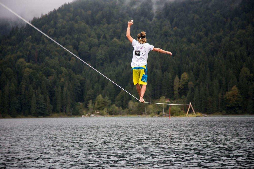 Eibsee-slackline-world-record (10).jpg