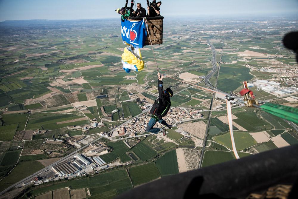 Ballon Highline Spanien Niklas Laspesch.jpg