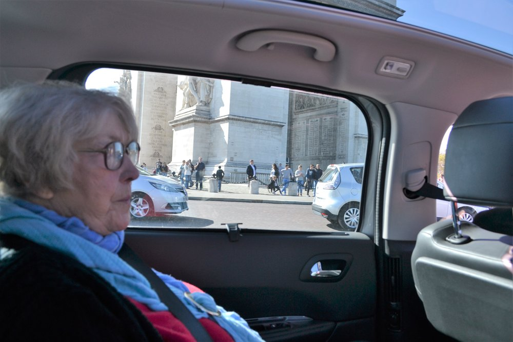 Taxis or Ubers are definitely the way forward for Elderly tourists.