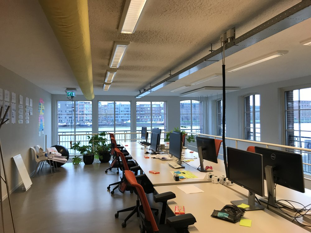 officepicamsterdam.jpg