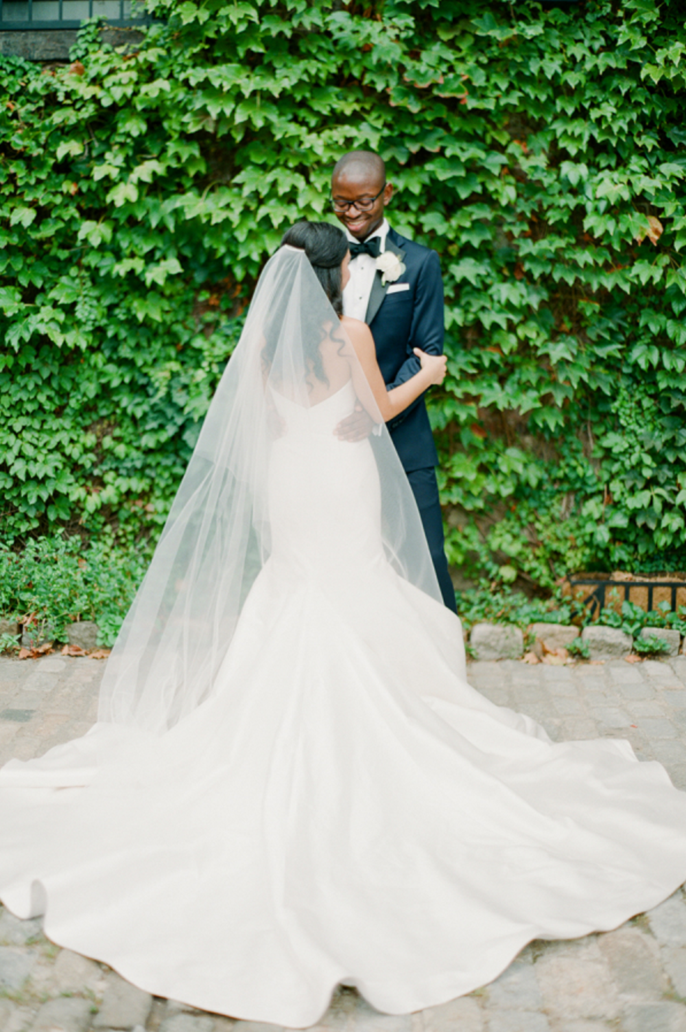 Carol+Hannah+Bridal+Tourmaline+Gown+at+The+Foundry+19.png