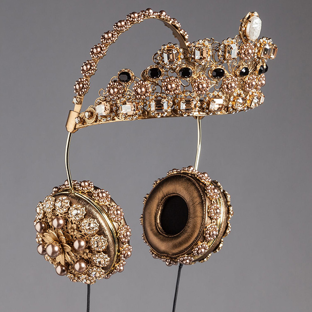D&G Crown 1