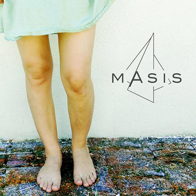 masis-knees
