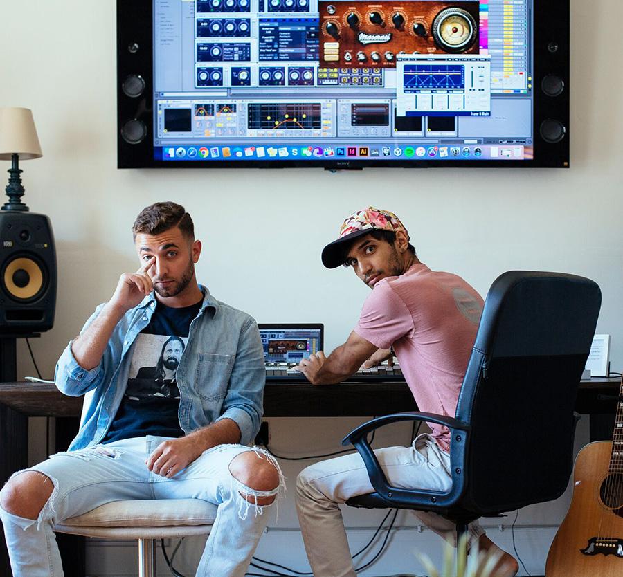 Axel Mansoor & Louis Vivet - Hit Rewind.jpg