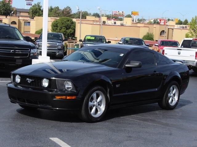 Used-2008-Ford-Mustang-GTPremium-ID683594420.jpg