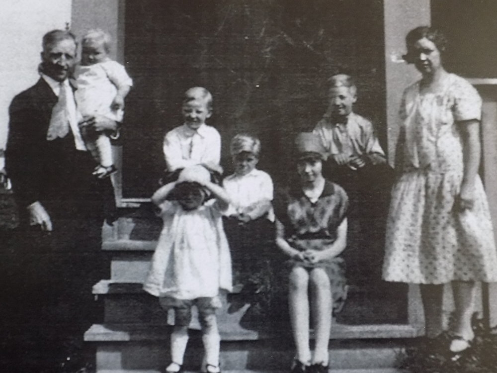 My maternal great grandparents and their clan of kids. Duluth, MN, circa 1925