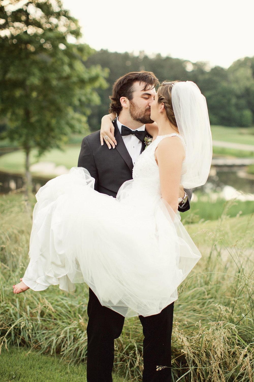 Rachel Slauer Events River Club May Wedding Planning Bride and Groom Portraits 42.jpg