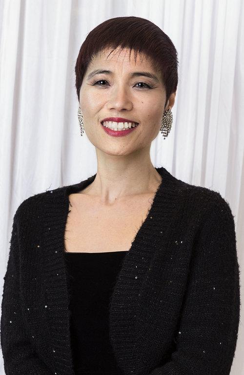 Una Lee, Owner