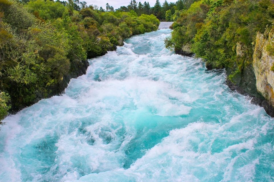 huka-river-50911_960_720.jpg