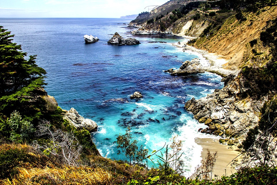 The rugged coast of Big Sur via  charlesmiller