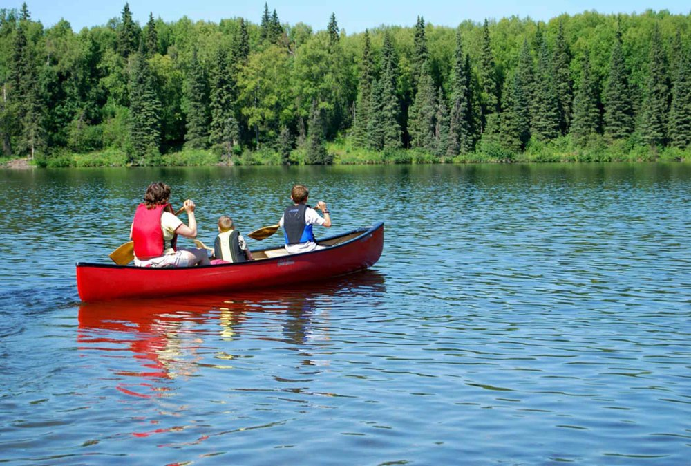 canoe-camping-best-water-activity