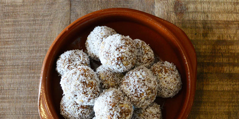 Almond Fig and Ginger Bliss Balls