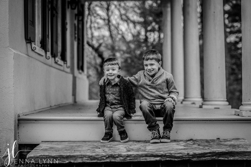 Croft-Farm-Cherry-Hill-NJ-Family-Portraits-Friedman-10.jpg
