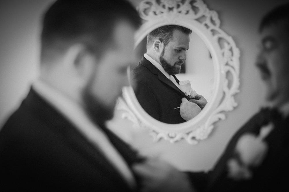 NewJersey_Wedding_Photography_Brigalias_GettingReady_BW-10.jpg