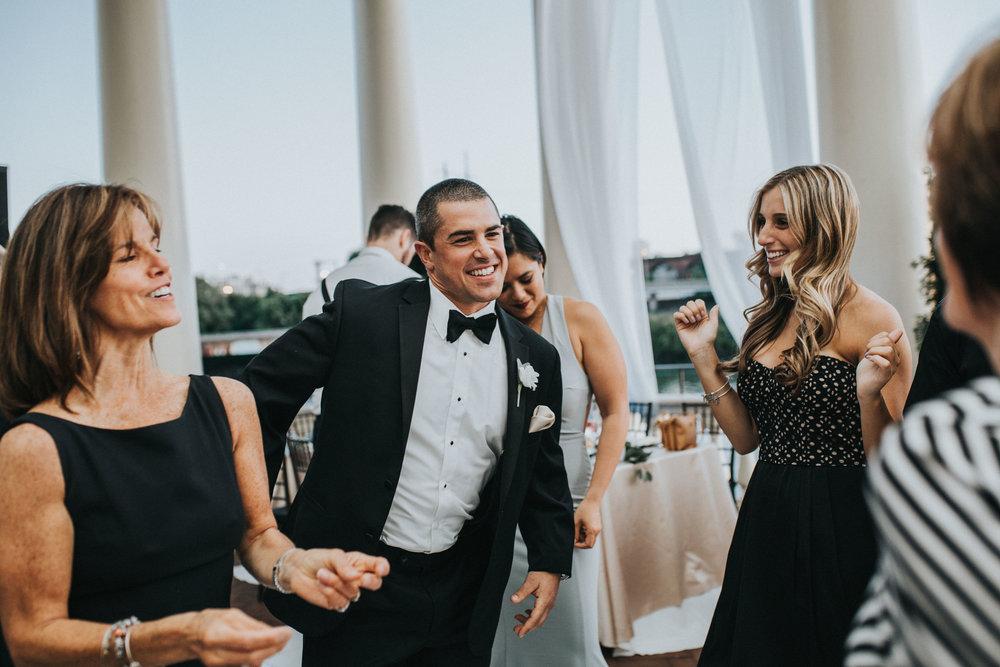 NewJersey_Wedding_Photography_Philadelphia__cescaphe_Waterworks_Reception-110.jpg