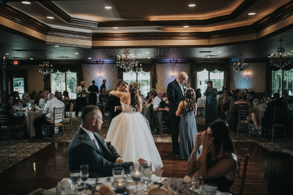 NewJersey_Wedding_Photography_Brigalias_Reception_Tara&Pete-55.jpg