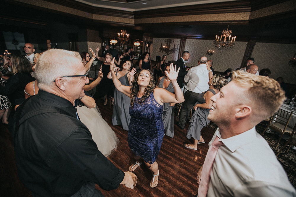 NewJersey_Wedding_Photography_Brigalias_Reception_Tara&Pete-105.jpg