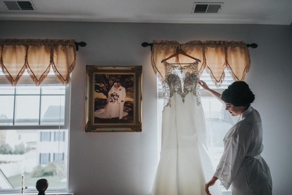 New-Jersey-Wedding-Photographer-Luciens-GettingReady-Nicole&Sam-19.jpg