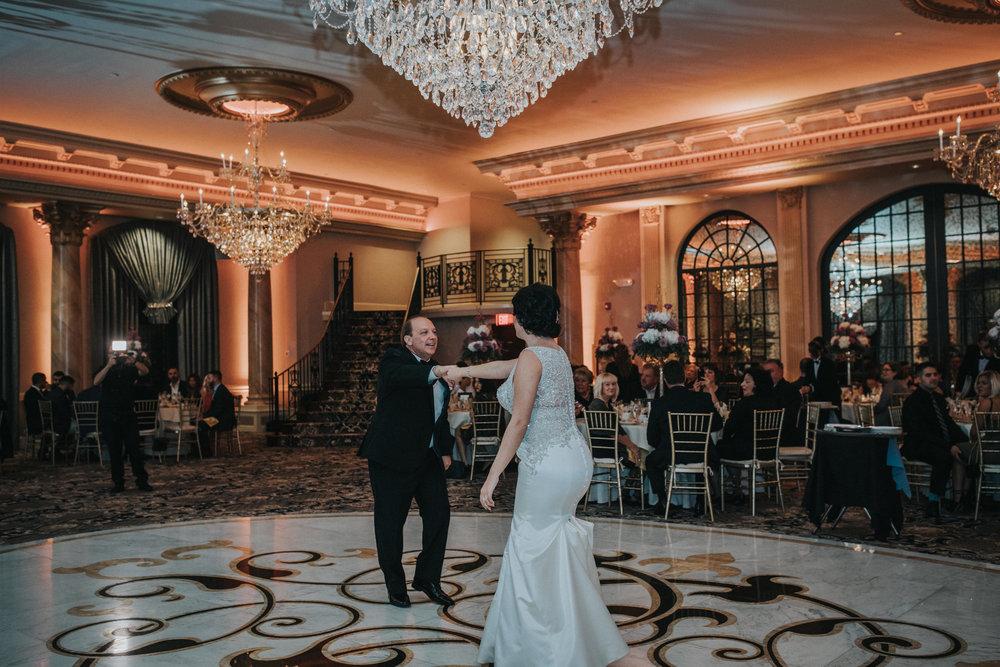 New-Jersey-Wedding-Photographer-Reception-Bride&Groom-Nicole&Sam-55.jpg