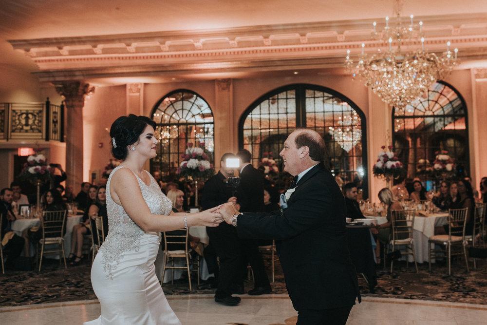 New-Jersey-Wedding-Photographer-Reception-Bride&Groom-Nicole&Sam-60.jpg