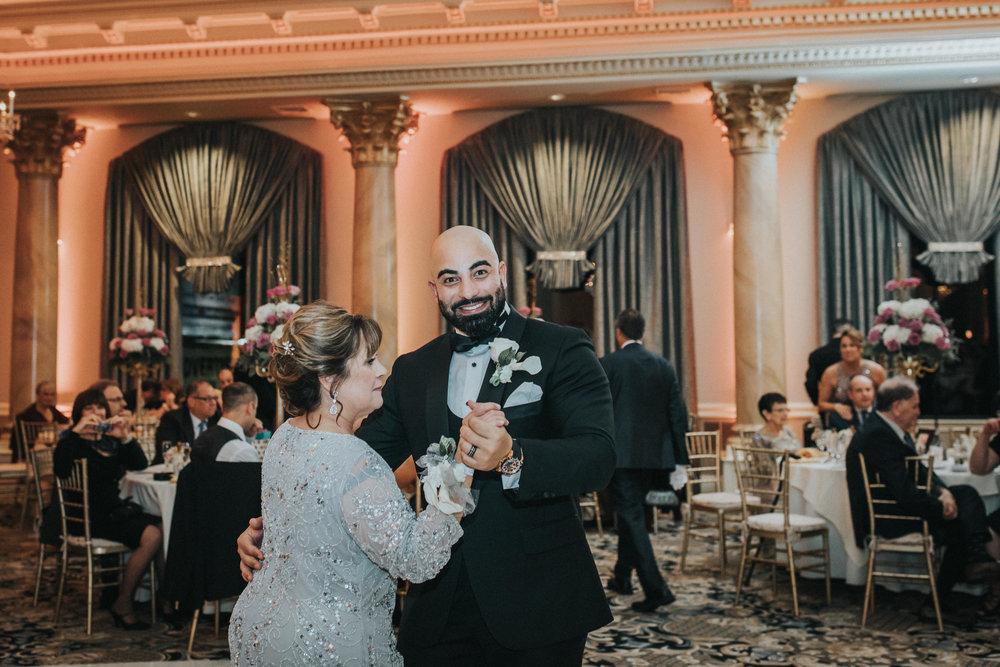 New-Jersey-Wedding-Photographer-Reception-Bride&Groom-Nicole&Sam-65.jpg