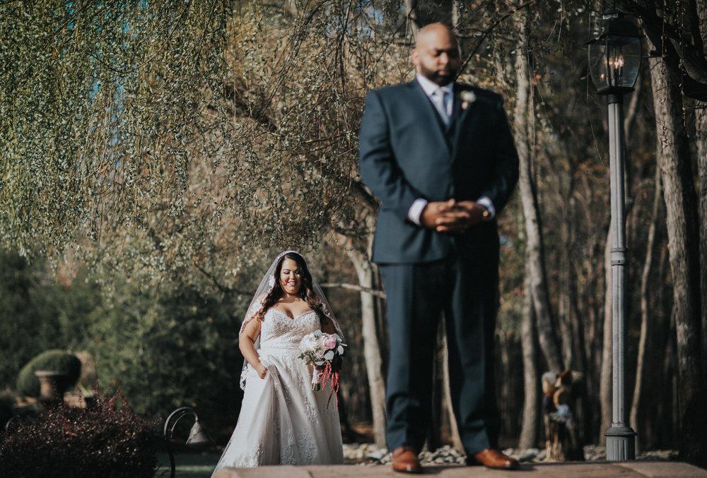 New-Jersey-Wedding-Photography-Brigalias-Deanna&Darryl-FirstLook-3.jpg