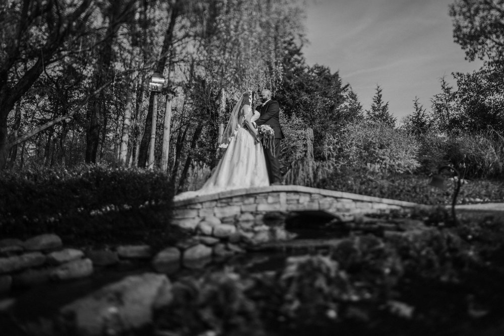 New-Jersey-Wedding-Photography-Brigalias-Deanna&Darryl-FIRSTLOOK-BW-11.jpg