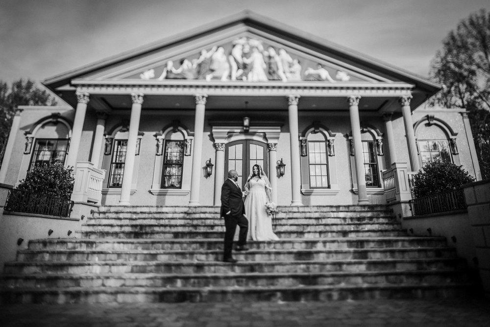 New-Jersey-Wedding-Photography-Brigalias-Deanna&Darryl-BRIDE&GROOM-BW-11.jpg