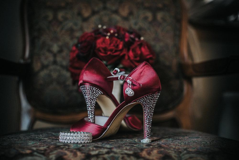 New-Jersey-Wedding-Photography-Fishers-Cescaphe-Ballroom-JennaLynnPhotography-GettingReady-Jill&Nick-9.jpg
