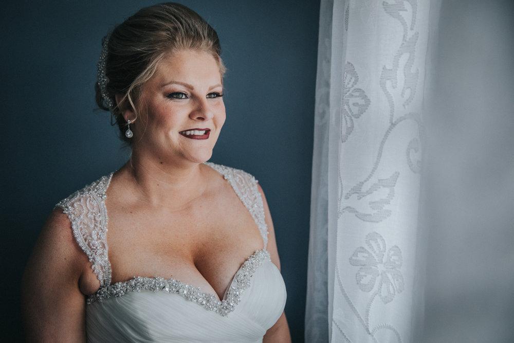 New-Jersey-Wedding-Photography-Fishers-Cescaphe-Ballroom-JennaLynnPhotography-GettingReady-Jill&Nick-145.jpg