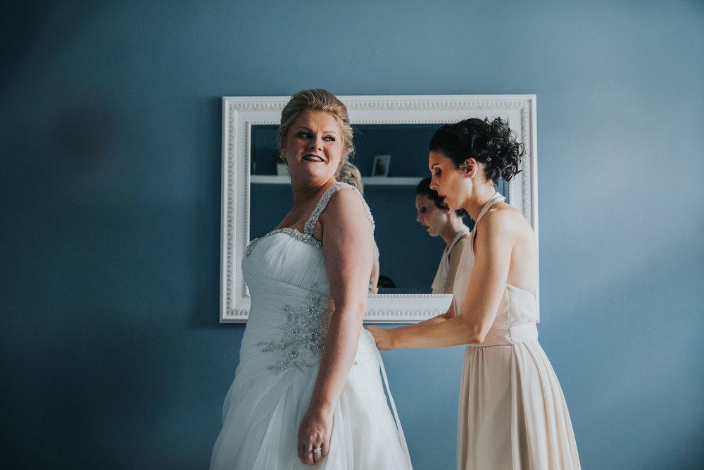 New-Jersey-Wedding-Photography-Fishers-Cescaphe-Ballroom-JennaLynnPhotography-GettingReady-Jill&Nick-135.jpg