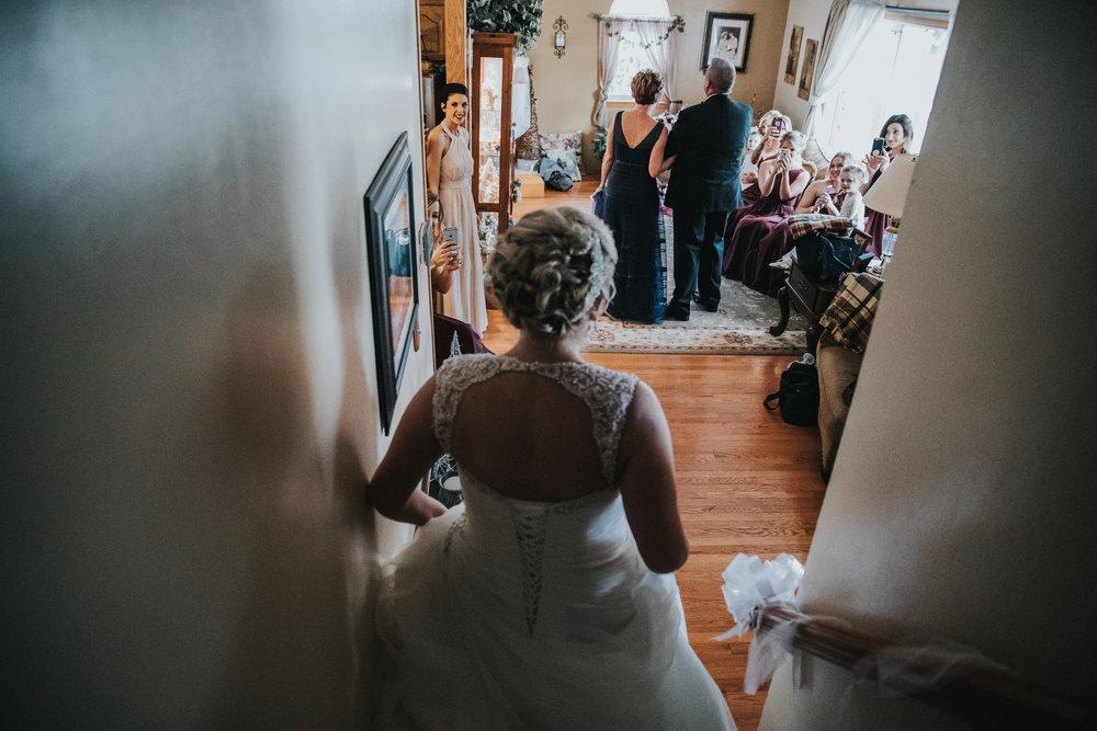 New-Jersey-Wedding-Photography-Fishers-Cescaphe-Ballroom-JennaLynnPhotography-GettingReady-Jill&Nick-151.jpg