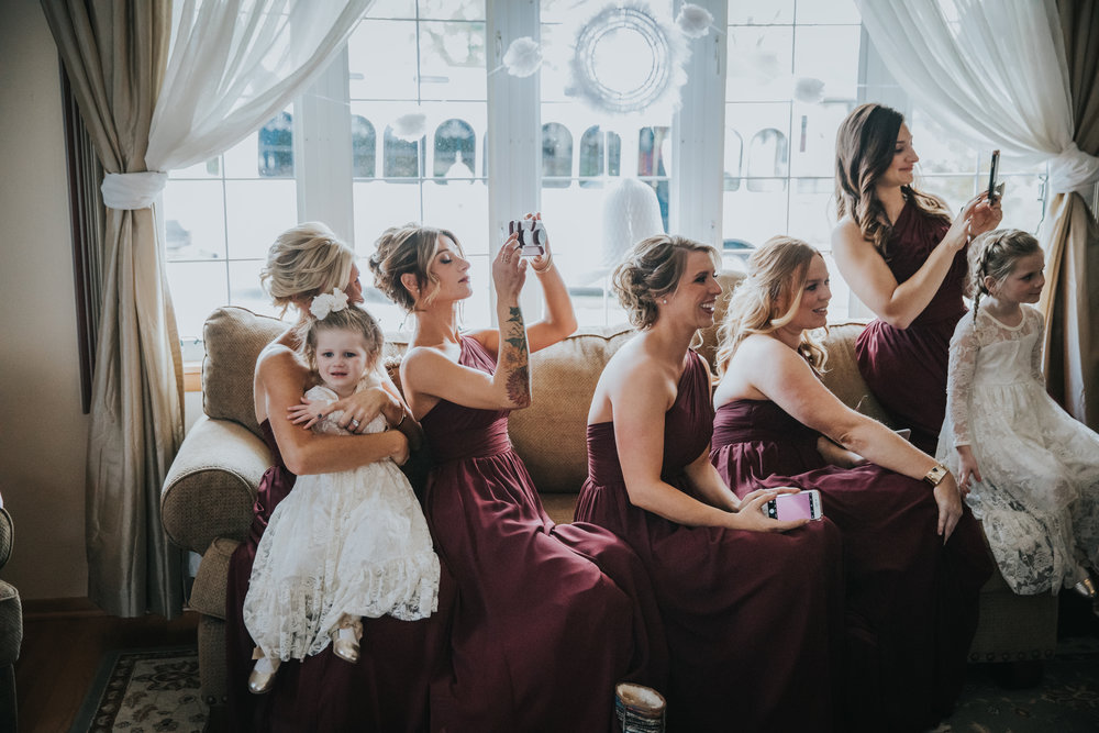 New-Jersey-Wedding-Photography-Fishers-Cescaphe-Ballroom-JennaLynnPhotography-GettingReady-Jill&Nick-157.jpg