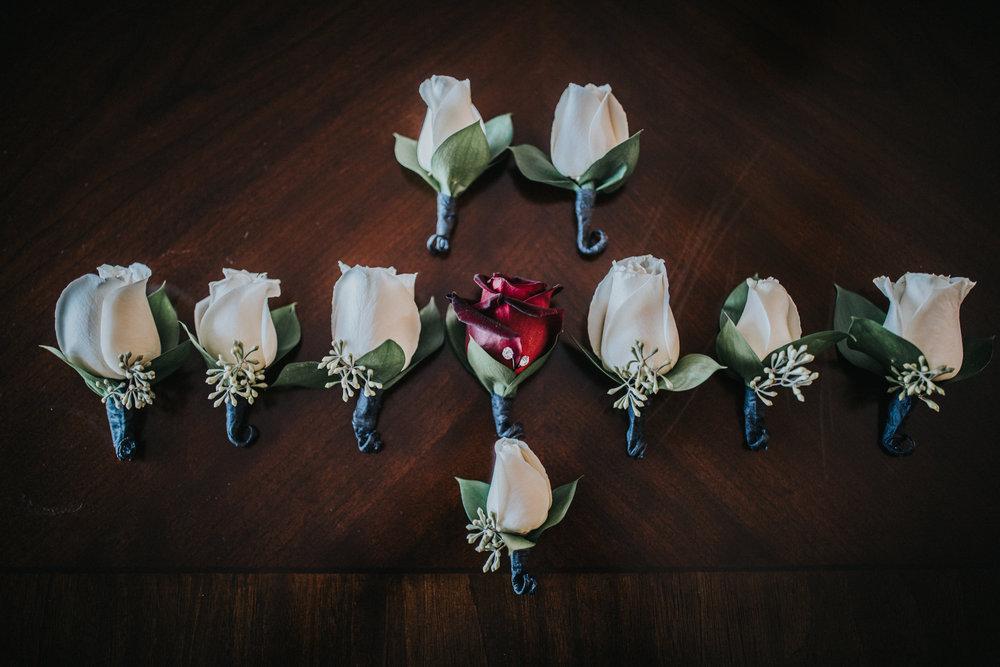 New-Jersey-Wedding-Photography-Fishers-Cescaphe-Ballroom-JennaLynnPhotography-GettingReady-Jill&Nick-20.jpg