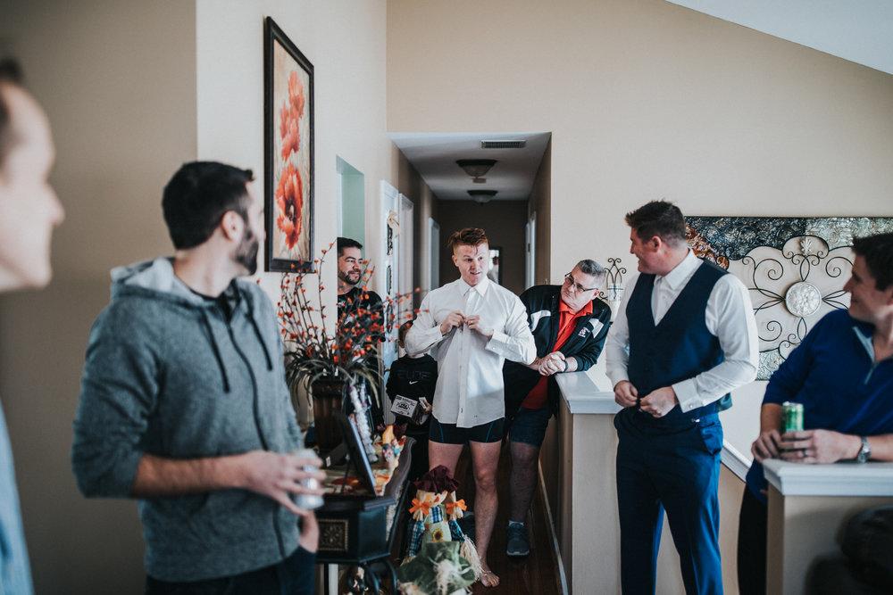 New-Jersey-Wedding-Photography-Fishers-Cescaphe-Ballroom-JennaLynnPhotography-GettingReady-Jill&Nick-39.jpg
