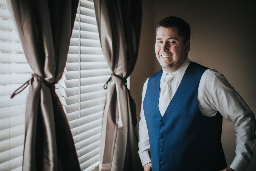 New-Jersey-Wedding-Photography-Fishers-Cescaphe-Ballroom-JennaLynnPhotography-GettingReady-Jill&Nick-72.jpg