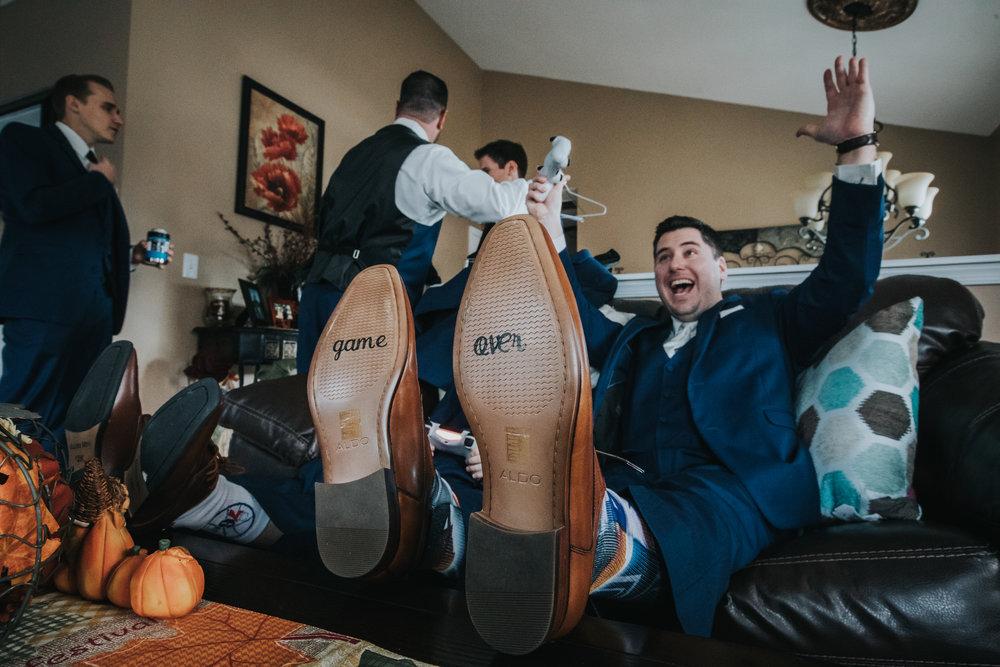 New-Jersey-Wedding-Photography-Fishers-Cescaphe-Ballroom-JennaLynnPhotography-GettingReady-Jill&Nick-97.jpg